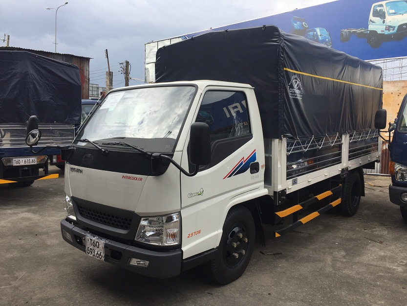 xe iz49 2.5 tấn